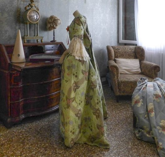 Venezia: Storie di Moda a Palazzo Nani Bernardo
