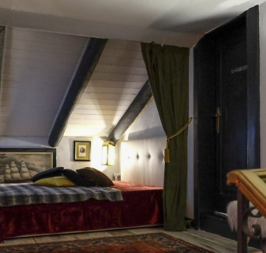 Campana Suites (VI)