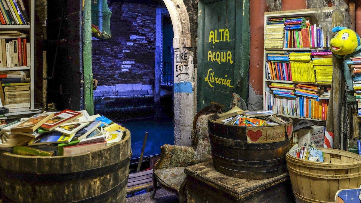 Il segreto della Libreria Acqua Alta — Veneto Secrets