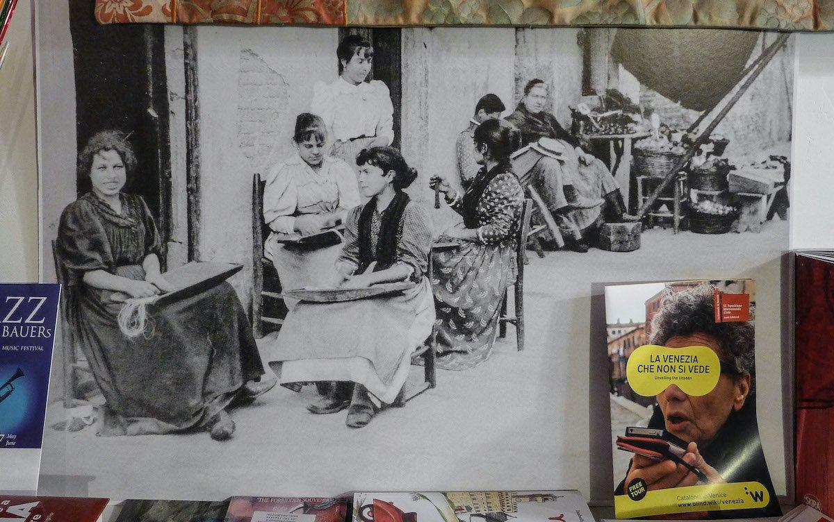 La storia segreta delle perle di vetro a Venezia — Veneto Secrets