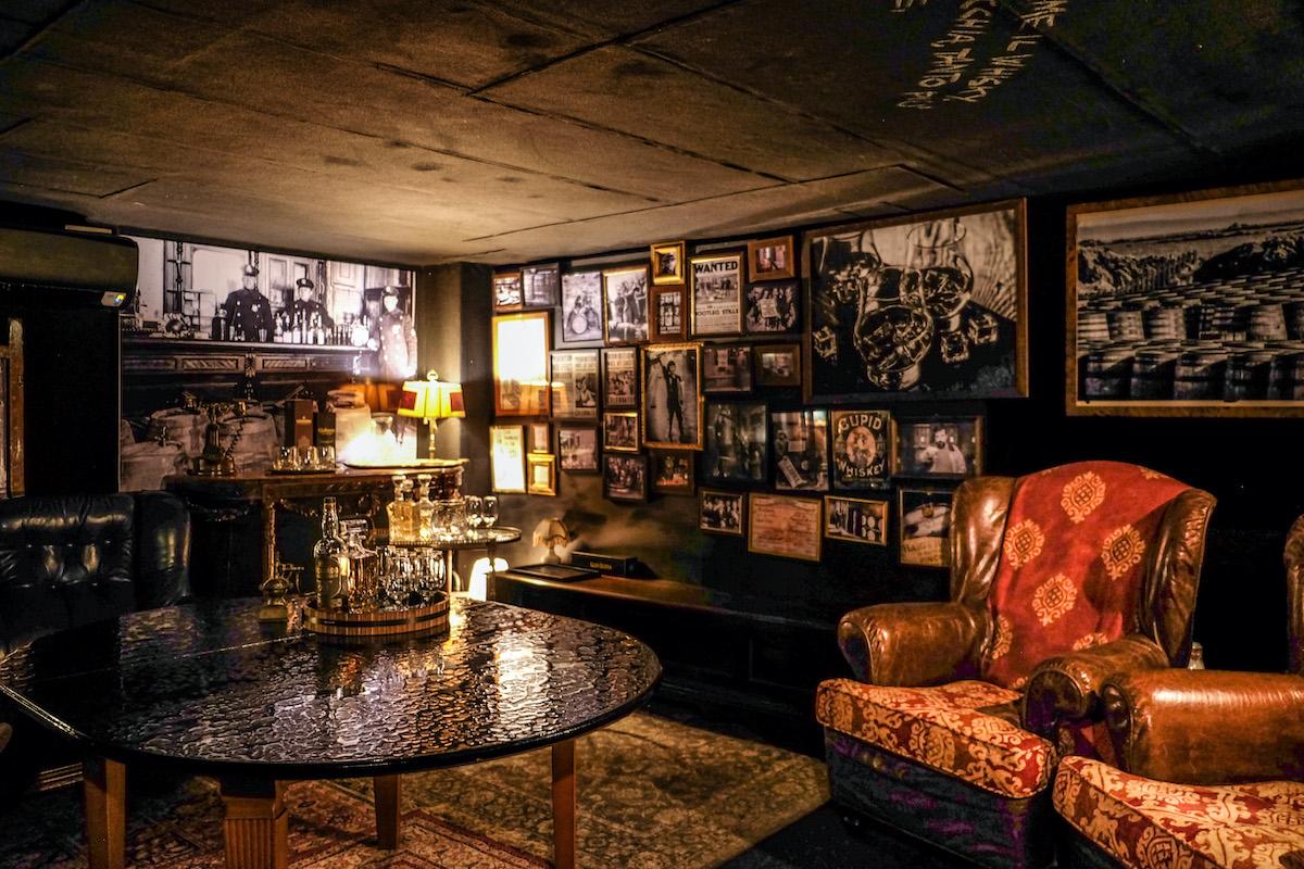 La Whisky Room segreta del Cantiere Gallery — Veneto Secrets